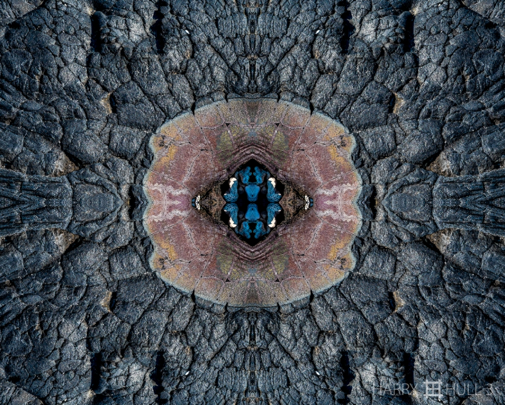 The eye of Pele (Mandala-HH3-150324-5108F-Edit)
