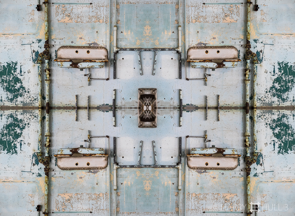 Vestigial plumbing (Mandala-HH3-150311-4614F-Edit)
