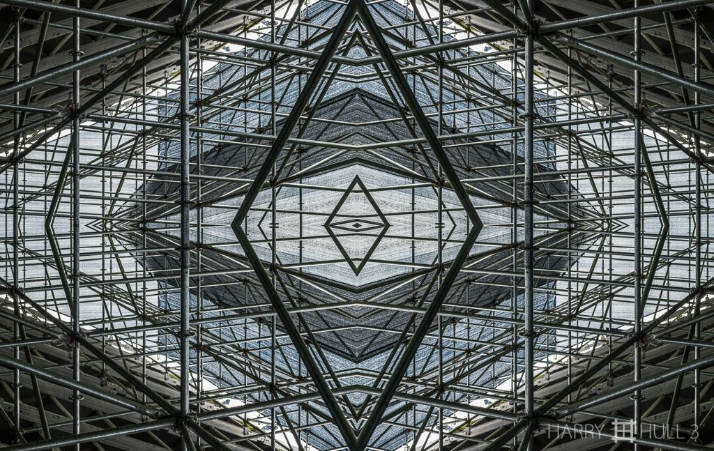 Captured cube (Mandala-HH3-150715-5578F-Edit)